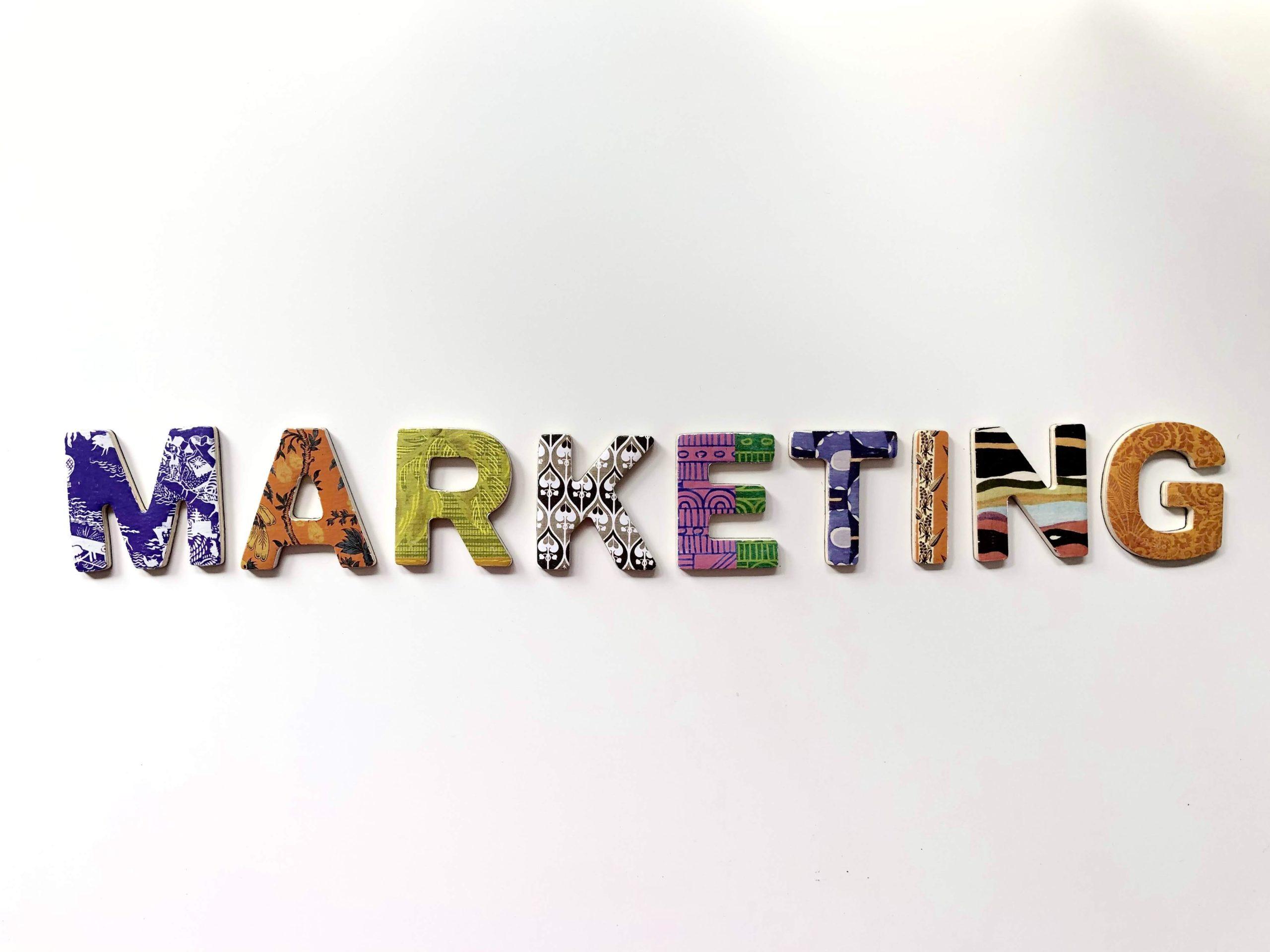 Portada Estrategias de marketing Marina Digital